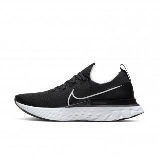 Chaussures Nike Epic Pro React Flyknit